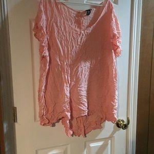 Torrid size 5 pink shirt